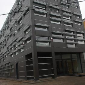 Biurowiec Mn-2 w Warszawie